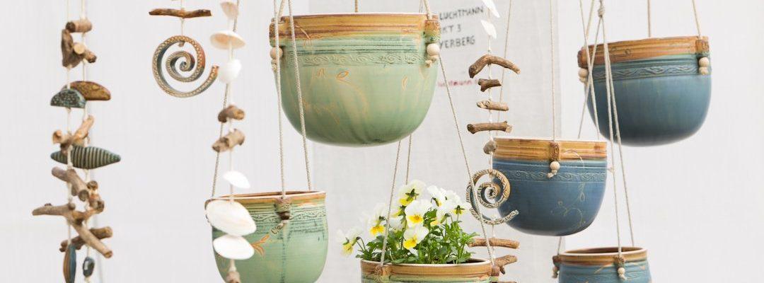 Keramik zum Hängen und Schwingen